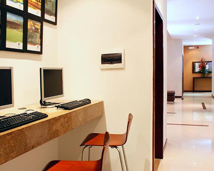 Sala de Internet Hotel ESTELAR El Cable Manizales